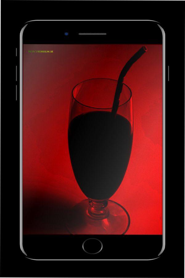 gesunder smoothie im rotlicht